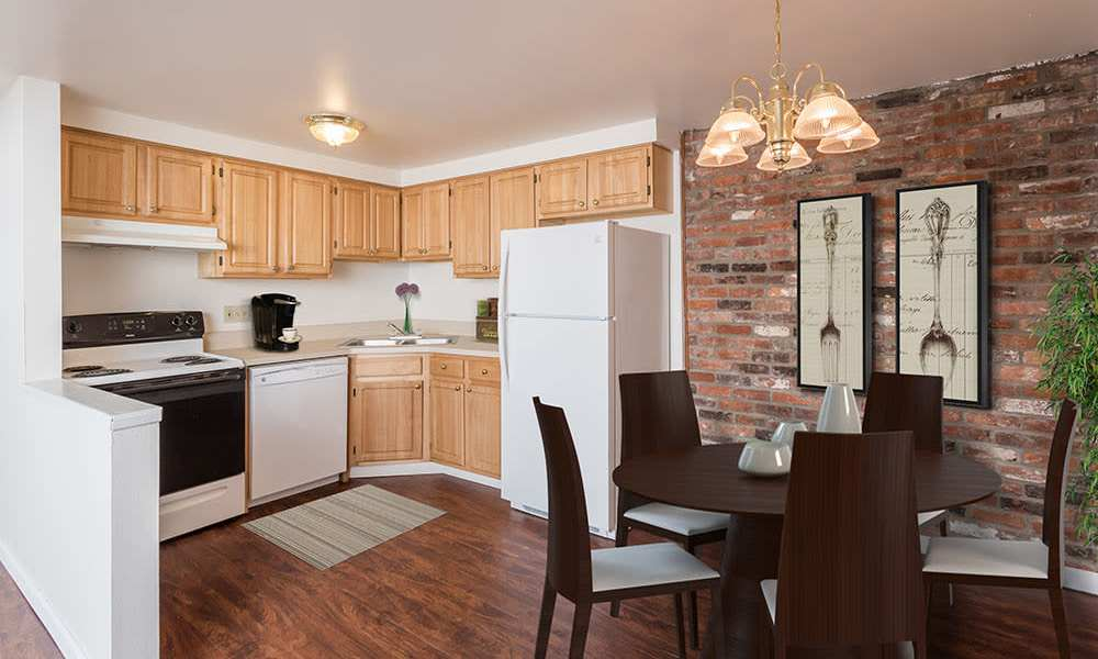 Well-equipped kitchen at Idylwood Resort Apartments in Cheektowaga, New York