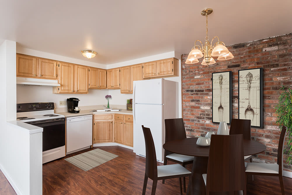 Kitchen and dining room at Idylwood Resort Apartments in Cheektowaga, New York