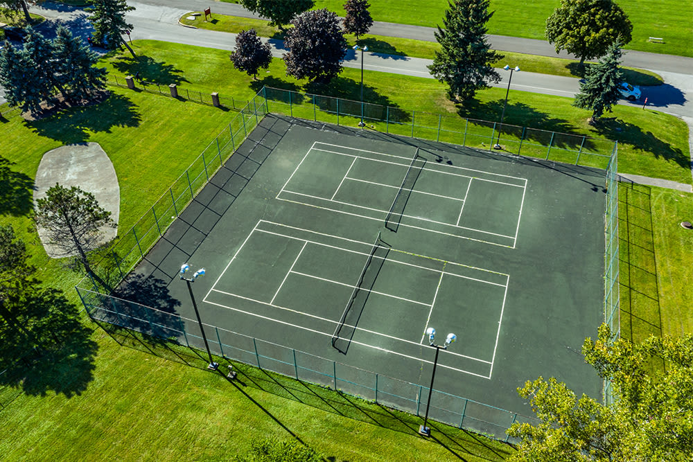 Aerial view of the tennis courts at Idylwood Resort Apartments in Cheektowaga, New York