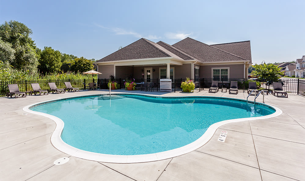 Swimming pool at Auburn Creek Apartments in Victor New York