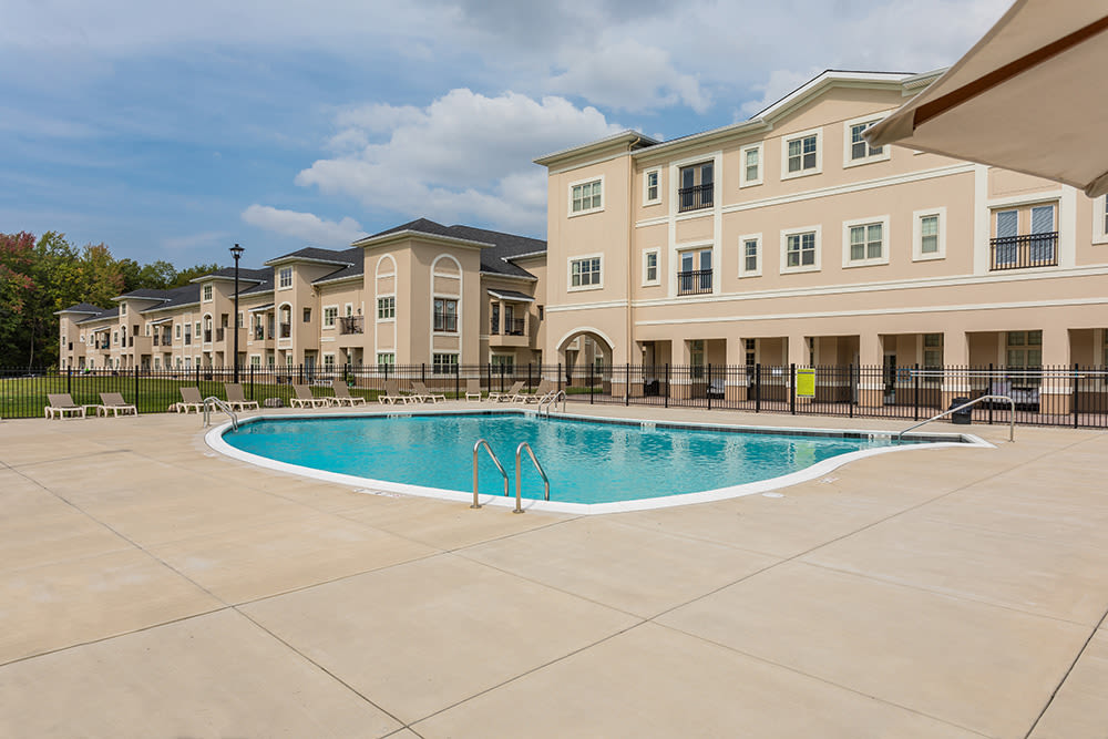 Resort-style swimming pool at Gateway Landing on the Canal in Rochester, New York