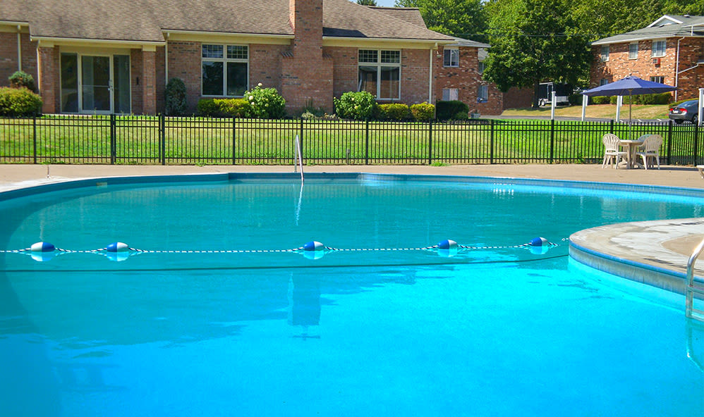 Swimming pool at Knollwood Manor Apartments in Fairport, New York