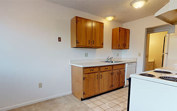 Virtual tour of a two bedroom apartment at Knollwood Manor Apartments in Fairport, New York