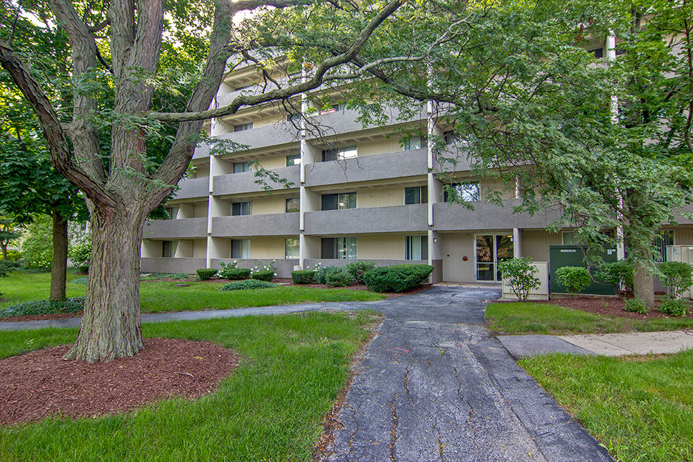 Lush landscaping at Park Towers Apartments in Richton Park, Illinois