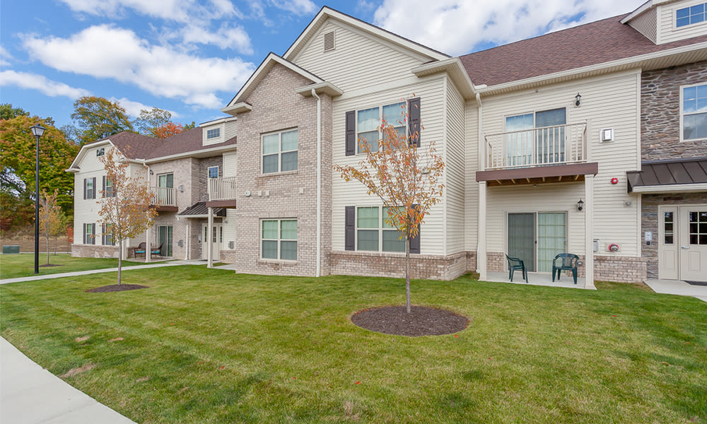 Exterior of Reserve at Southpointe's leasing office in Canonsburg, Pennsylvania