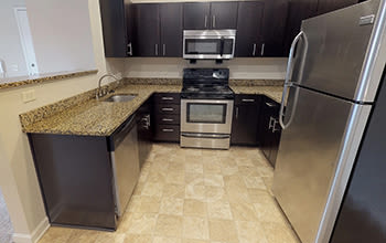 Virtual tour of a one bedroom apartment at Reserve at Southpointe in Canonsburg, Pennsylvania