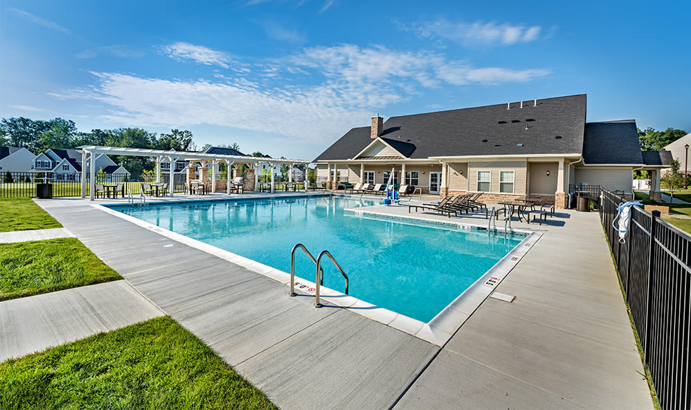 Swimming pool at Rochester Village Apartments at Park Place in Cranberry Township, Pennsylvania