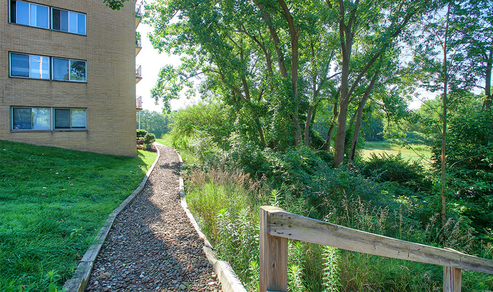 Walking trail at Solon Club Apartments in Oakwood Village, Ohio