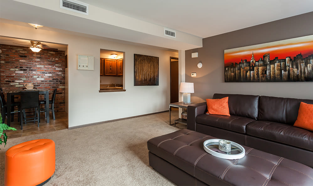 Ample living space at Raintree Island Apartments in Tonawanda, New York