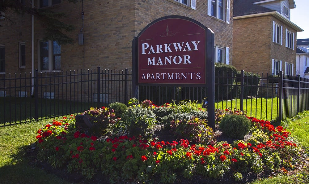 Sign to Parkway Manor Apartments in Irondequoit, New York