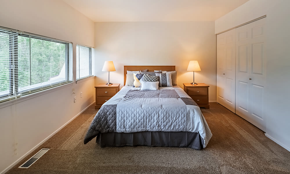 Bedroom at The Cascades Townhomes and Apartments in Pittsburgh, Pennsylvania