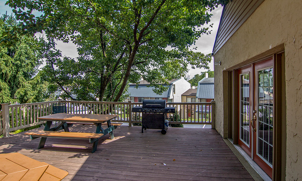BBQ area at The Cascades Townhomes and Apartments in Pittsburgh, Pennsylvania
