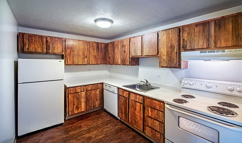 Modern kitchen at Westpointe Apartments in Pittsburgh, Pennsylvania