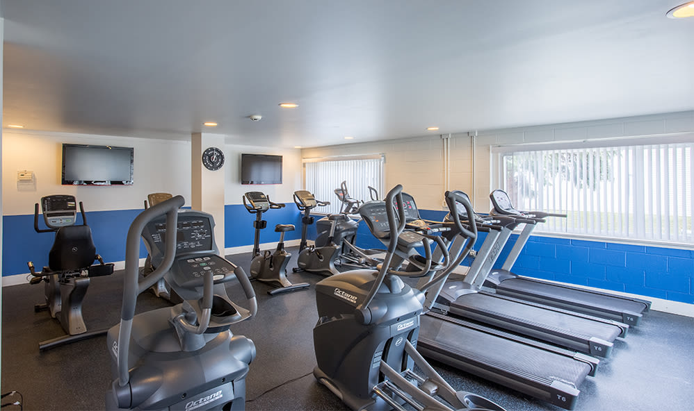 Fully equipped fitness center at Riverton Knolls in West Henrietta, New York