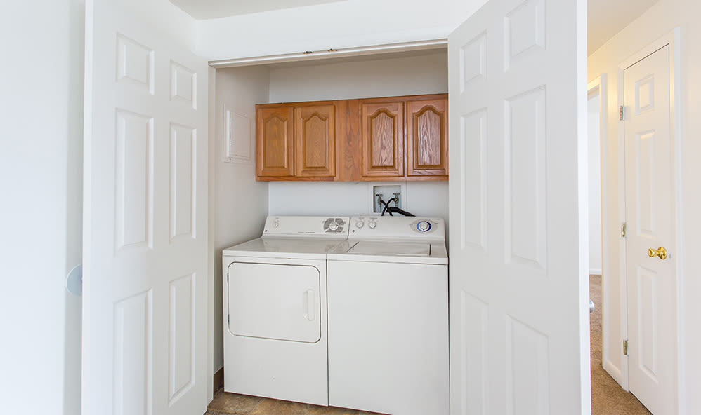 Washer and dryer at Riverton Knolls home in West Henrietta, New York