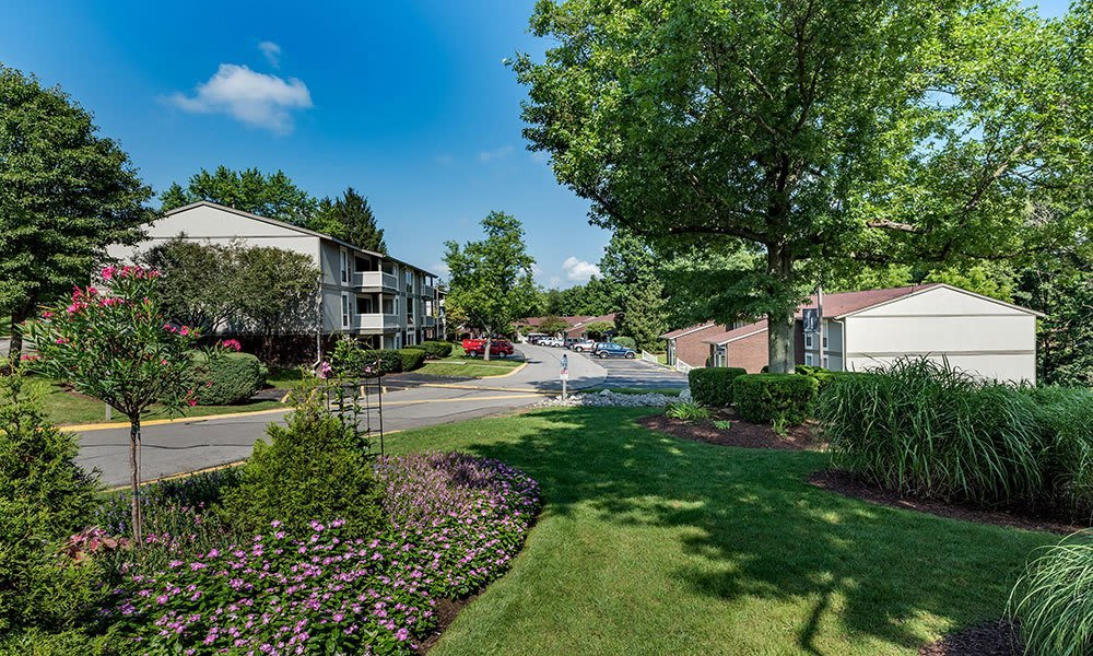 Beautiful landscaping at Nineteen North Apartments in Pittsburgh, Pennsylvania