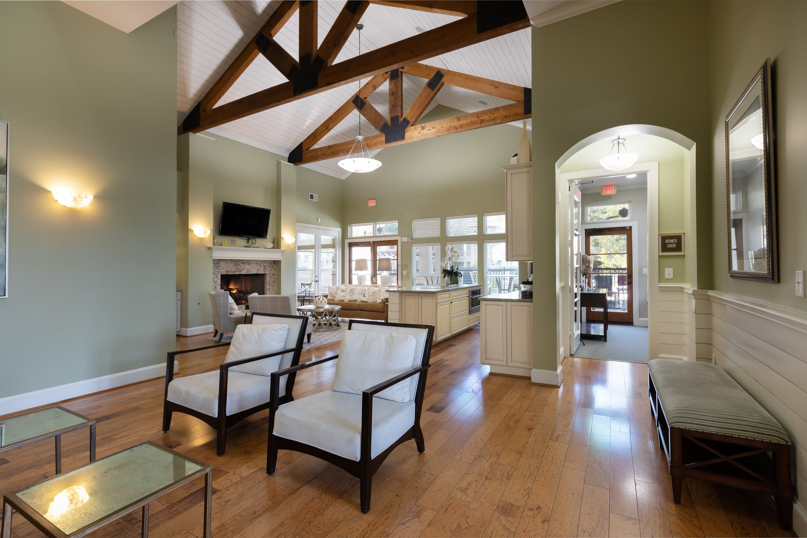 Clubhouse lounge area at Lakefront Villas in Houston, Texas