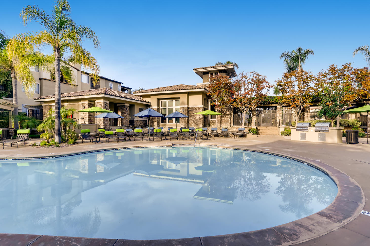 View photos of our luxurious property at Alize at Aliso Viejo Apartment Homes in Aliso Viejo, CA