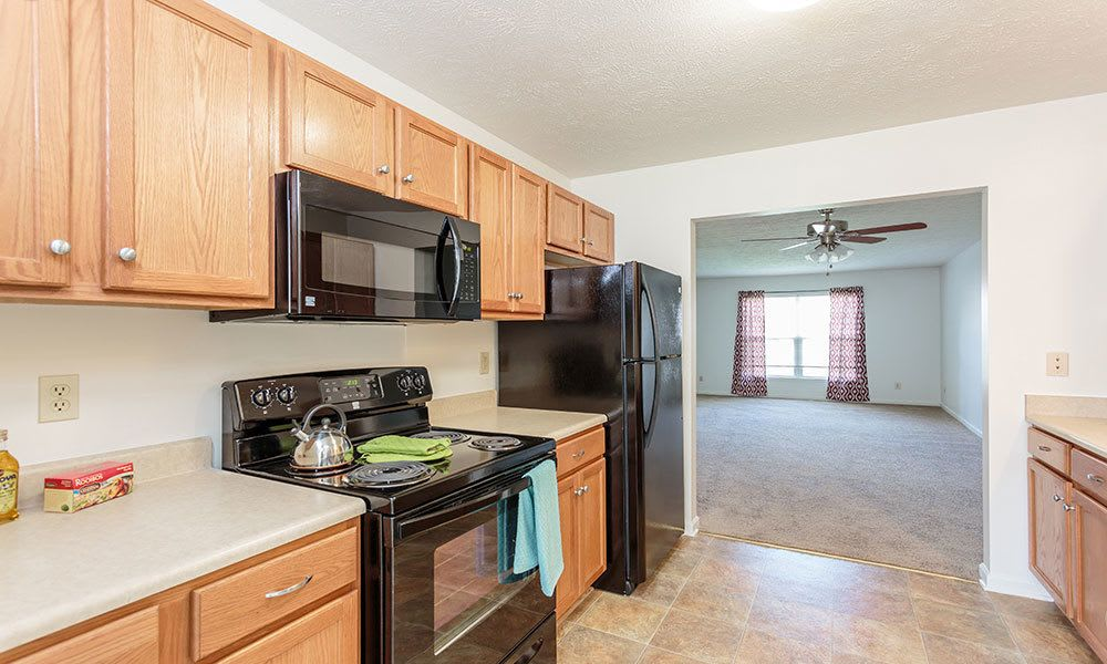 Fully equipped kitchen at Hickory Hollow in Spencerport, New York
