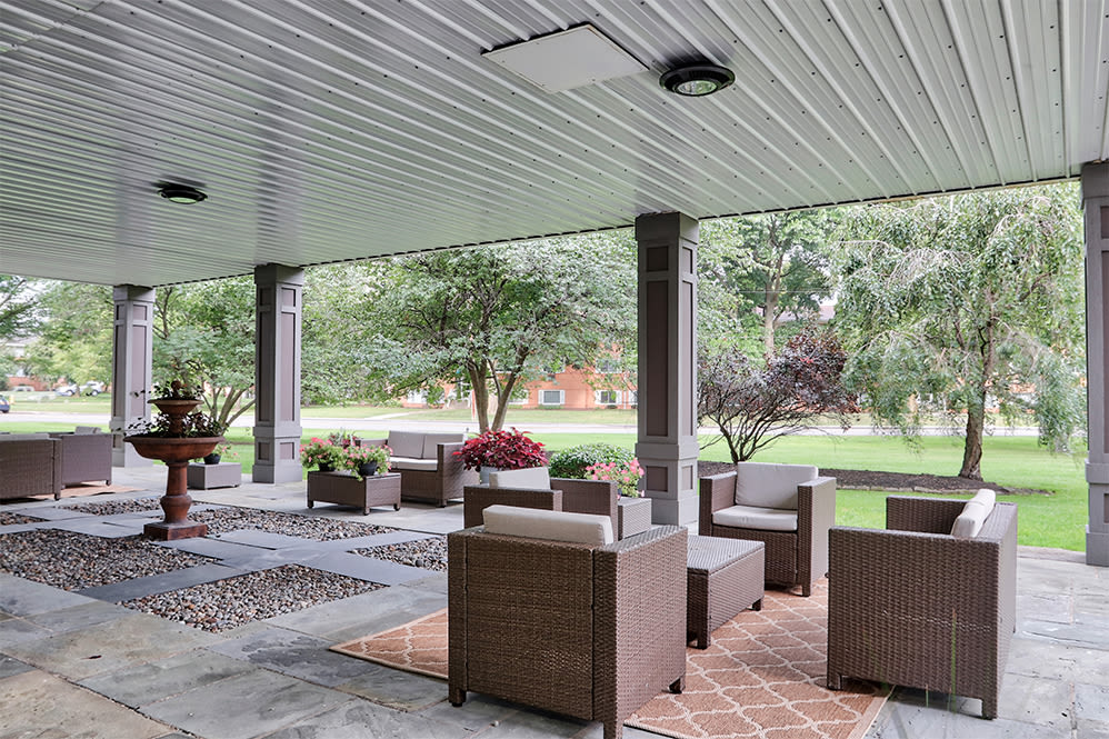 Patio at Oak Hill Terrace in Rochester, New York