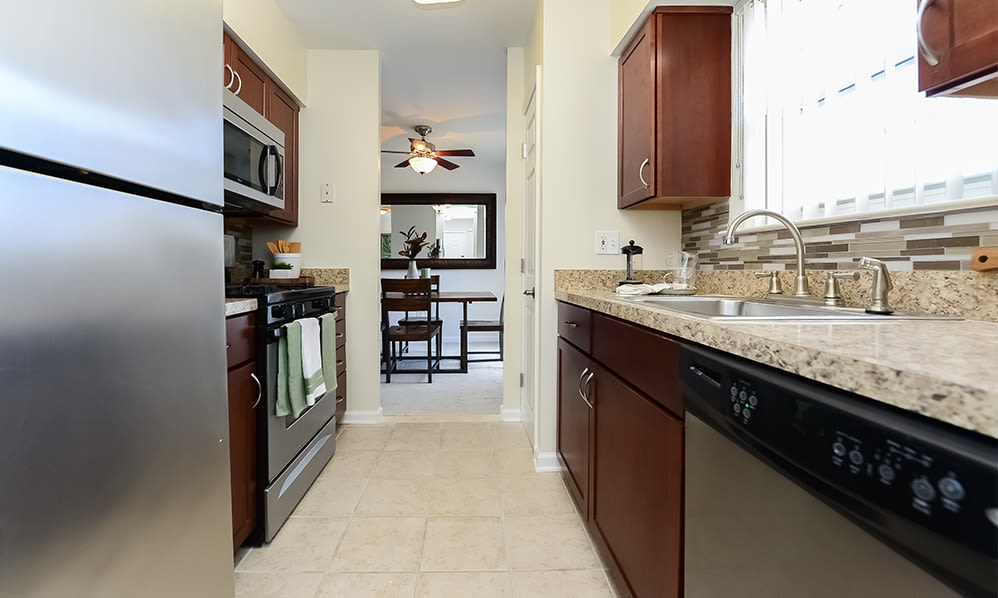 Modern kitchen at Sherry Lake Apartment Homes in Conshohocken, Pennsylvania