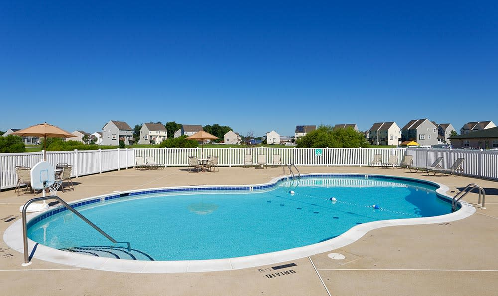 Resort-style swimming pool at Cannon Mills in Dover, Delaware