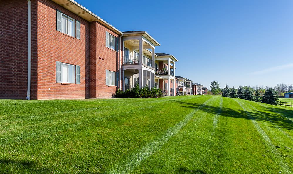 Exterior of CenterPointe Apartments and Townhomes in Canandaigua, New York