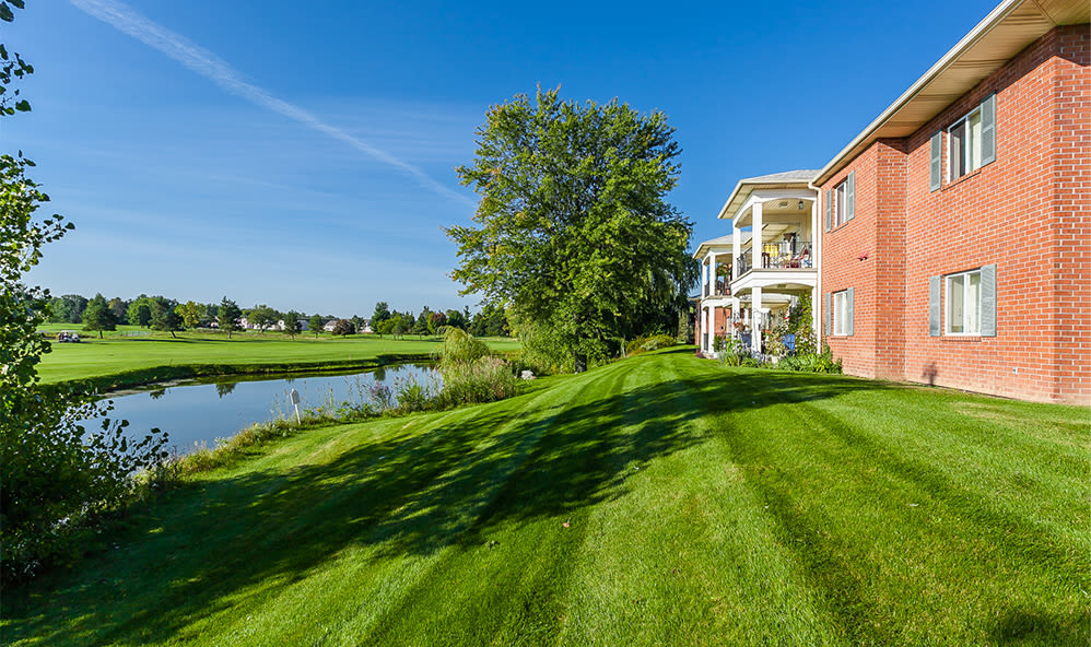 Lush lawn at CenterPointe Apartments and Townhomes in Canandaigua, New York