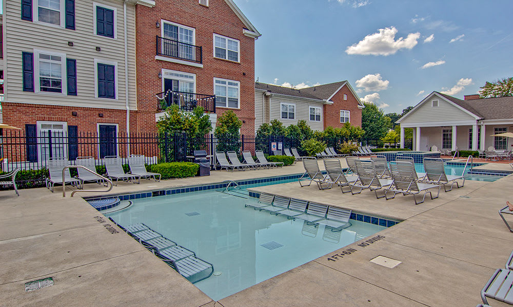 Enjoy apartments with a swimming pool at Chelsea Place  in Toledo, Ohio