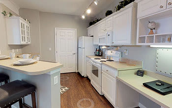 Virtual tour of a one bedroom apartment at Chelsea Place in Toledo, Ohio