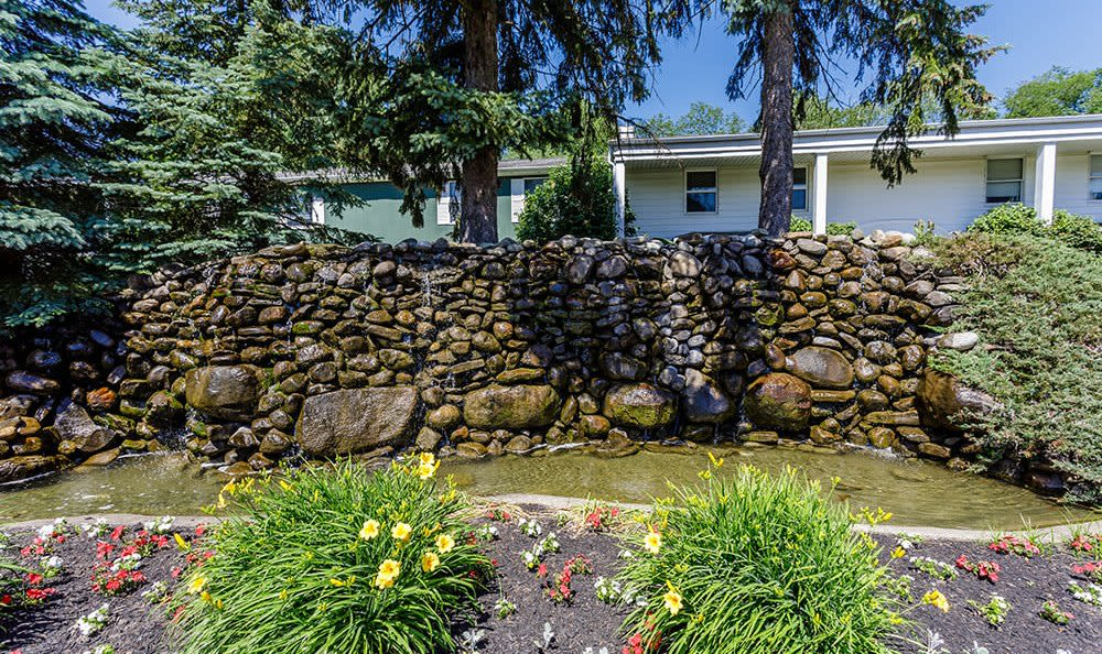 Water feature at Green Lake Apartments & Townhomes in Orchard Park, New York