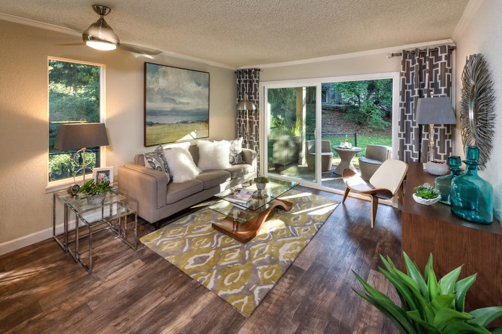 Open floor plans for rent at Vue Kirkland Apartments in Kirkland, Washington