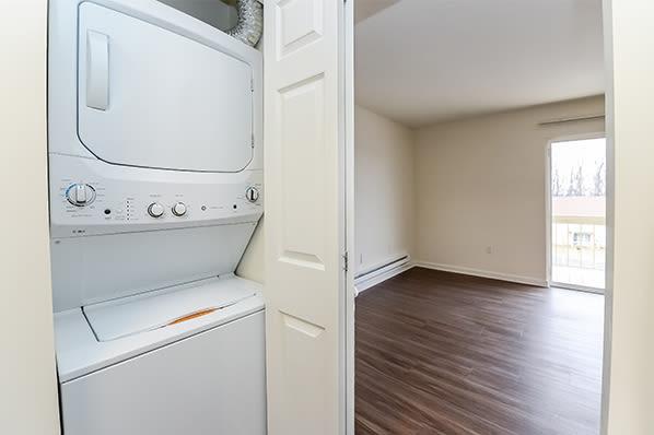 Washer/Dryer at Whitestone Village Apartment Homes in Allentown, Pennsylvania