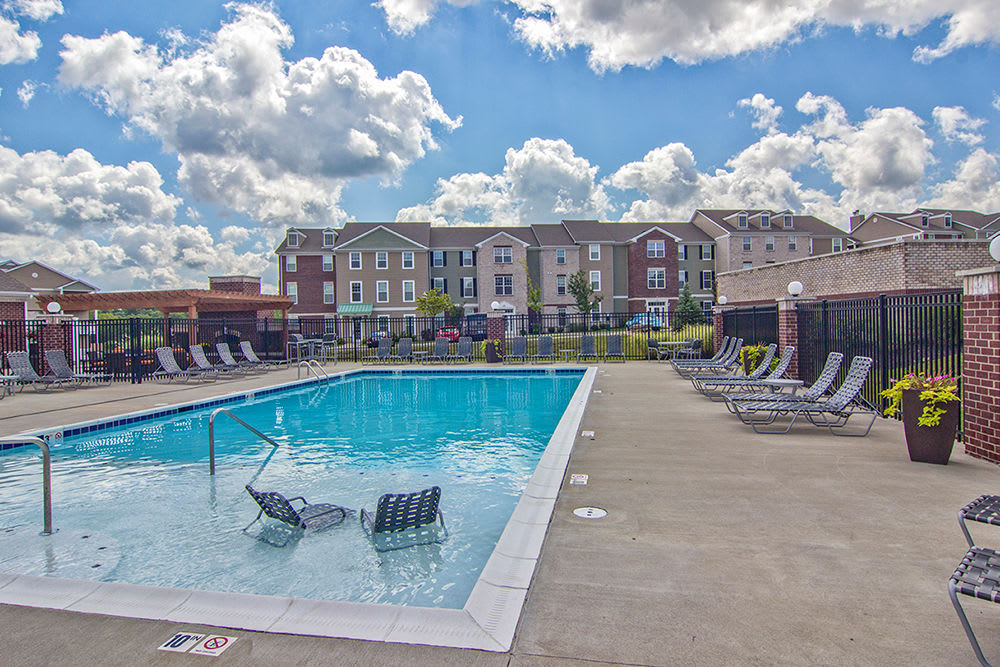 Beautiful swimming pool at Overlook Apartments in Elsmere, Kentucky