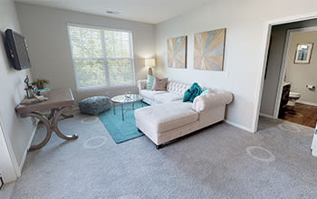 Virtual tour of a two bedroom apartment at Overlook Apartments in Elsmere, Kentucky