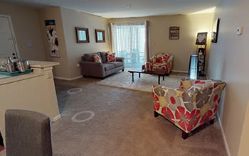 Virtual tour of a one bedroom apartment at The Lakes at 8201 in Merrillville, Indiana