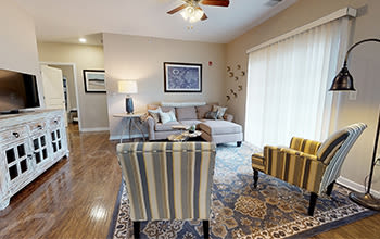 Virtual tour of a two bedroom apartment at Waters Edge Apartments in Webster, New York