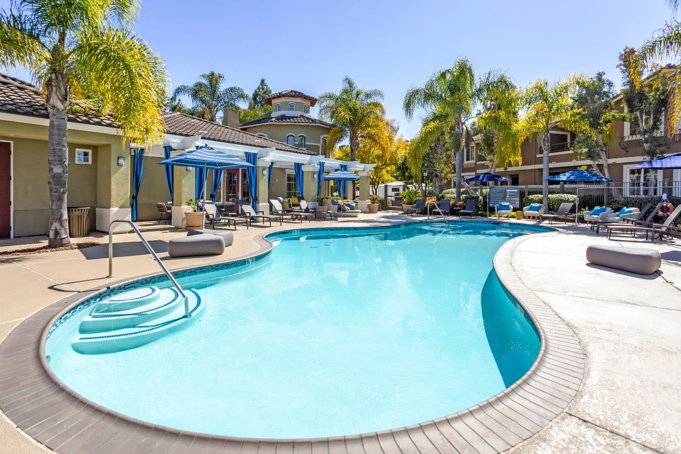 Beautiful resort-style swimming pool at Sofi Highlands in San Diego, California