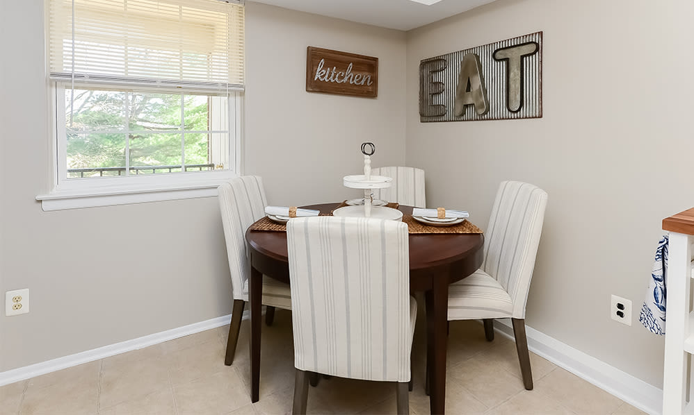Dining Area at Lumberton Apartment Homes in Lumberton, New Jersey