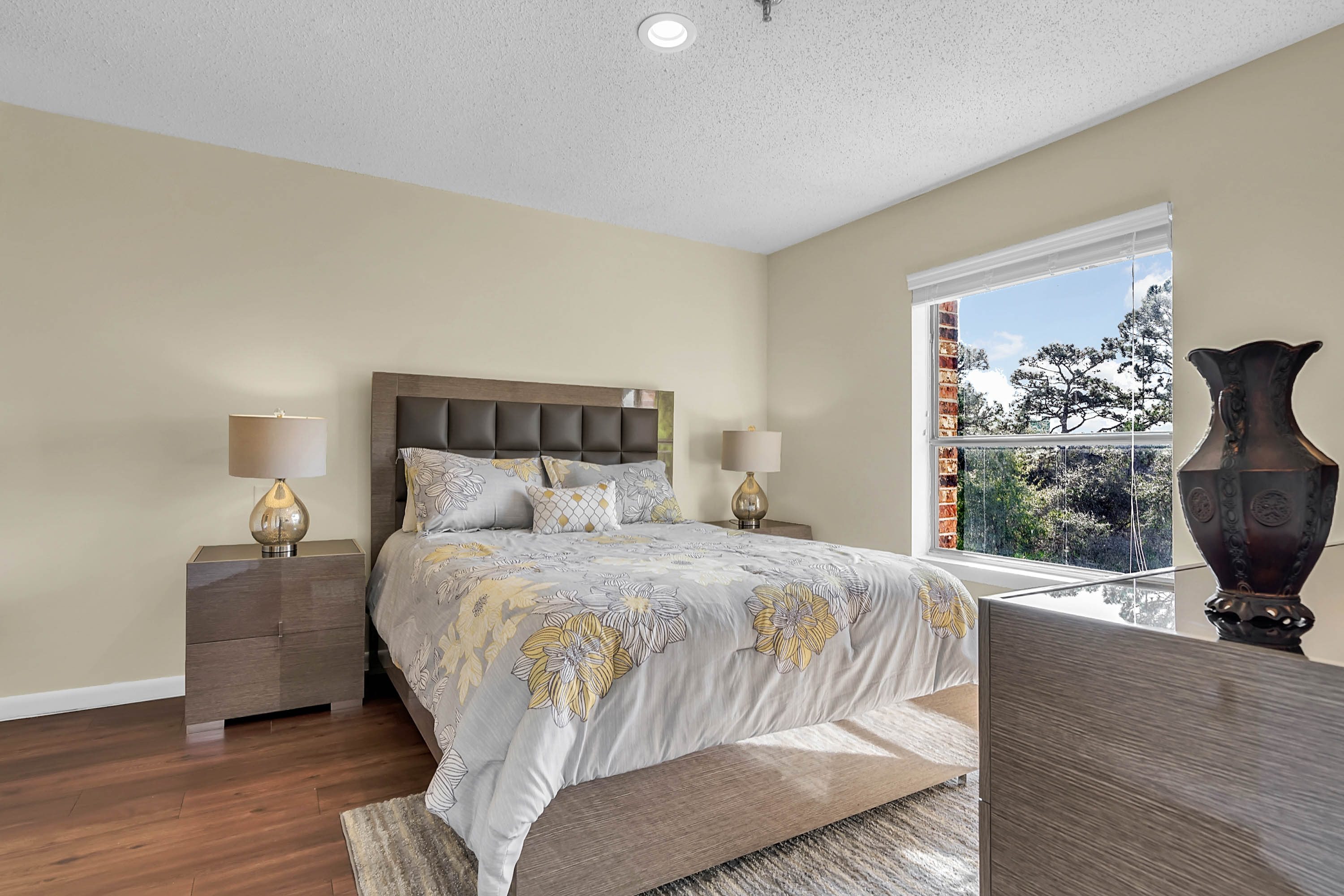 Bedroom at Renaissance Retirement Center in Sanford, Florida
