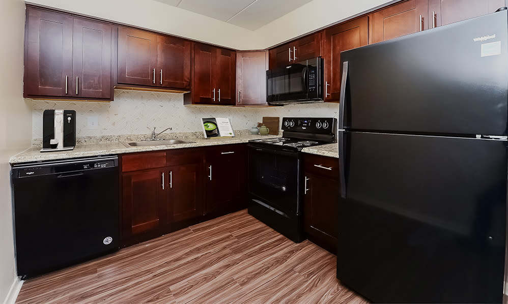 Modern Kitchen at William Penn Village Apartment Homes in New Castle, Delaware