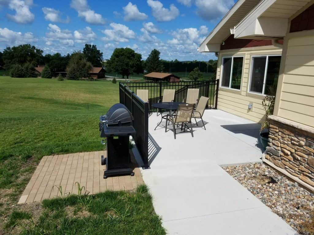 Patio seating and grilling area at Manning Senior Living in Manning, Iowa