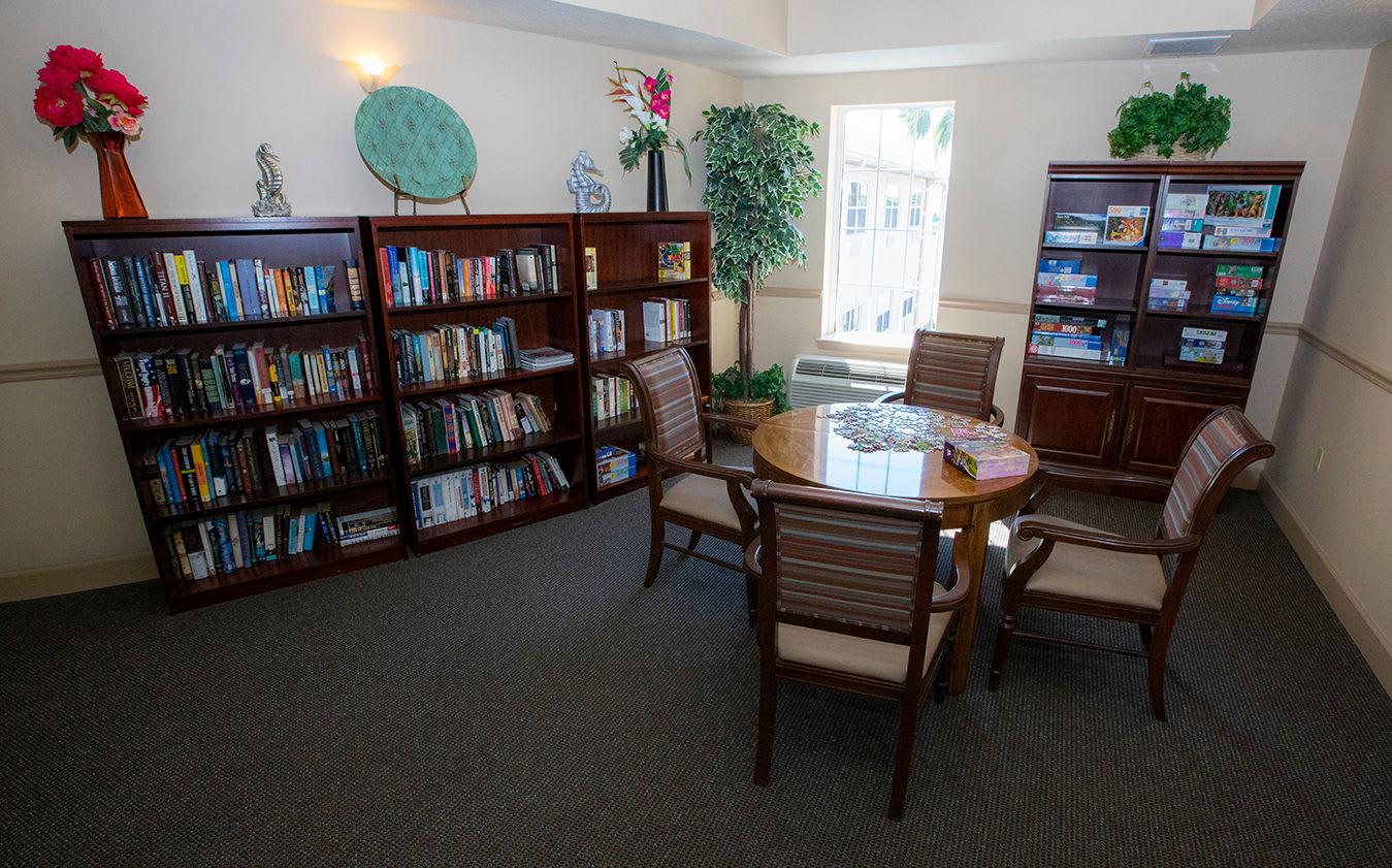 Common Area at Hibiscus Court Senior Living
