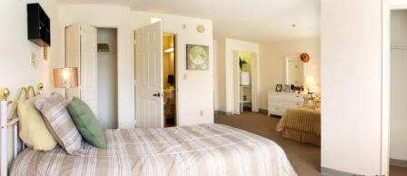 Bedroom at Savannah Court of Maitland Senior Living in Maitland Florida