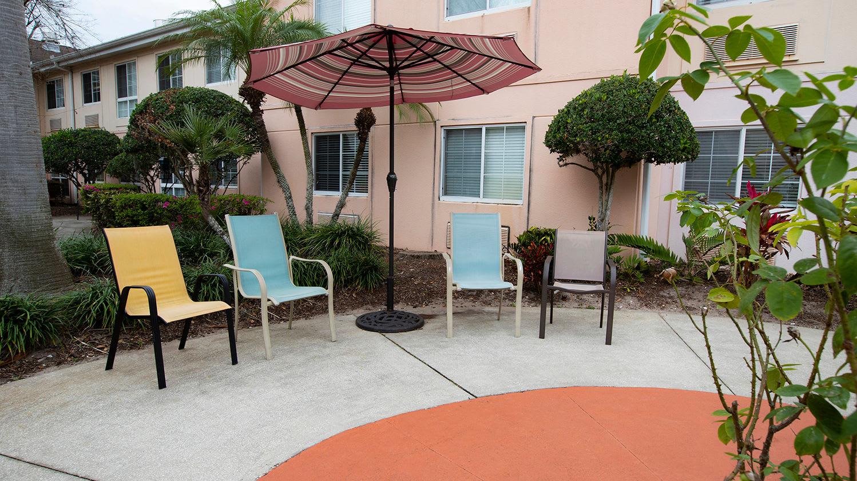 Outdoor Area at Savannah Court of Maitland Senior Living in Maitland Florida