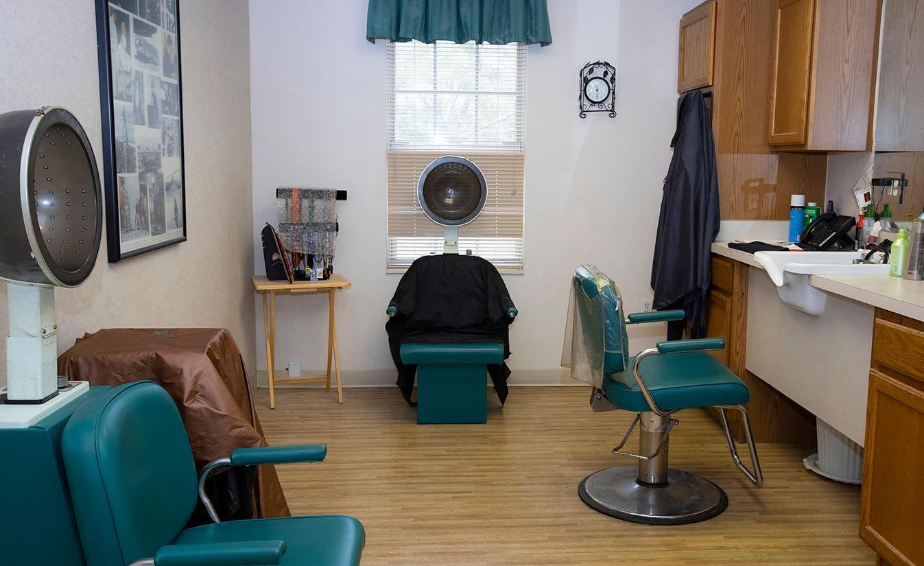 Salon at Savannah Grand of Maitland Senior Living