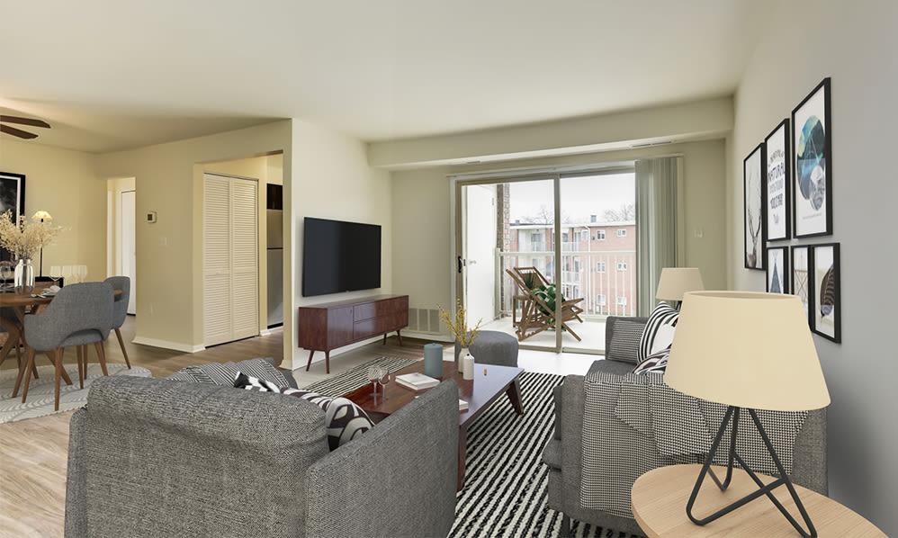 Spacious Living Room at Glen Ridge Apartment Homes in Glen Burnie, Maryland