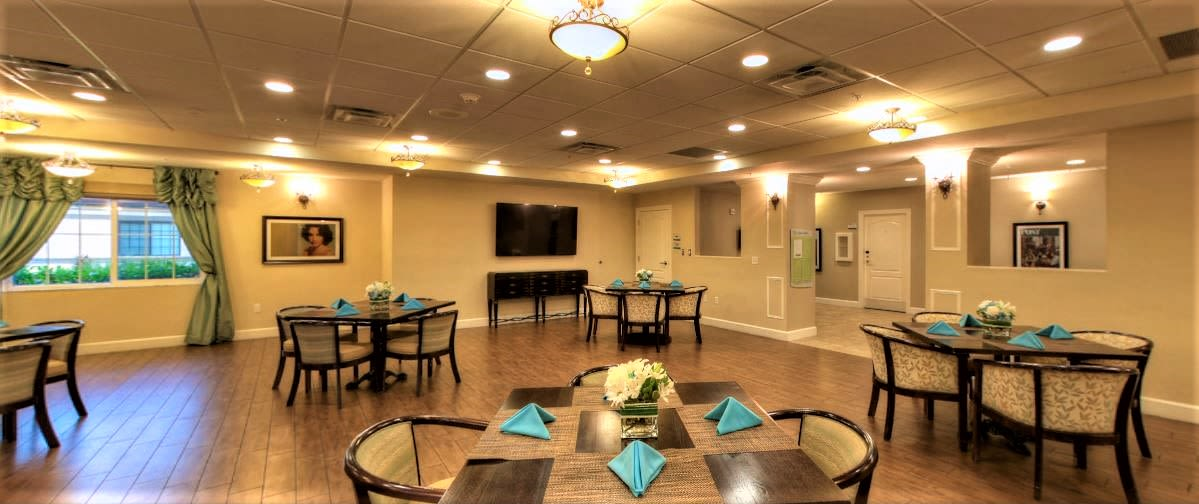 A dining room at Inspired Living Tampa in Tampa, Florida.
