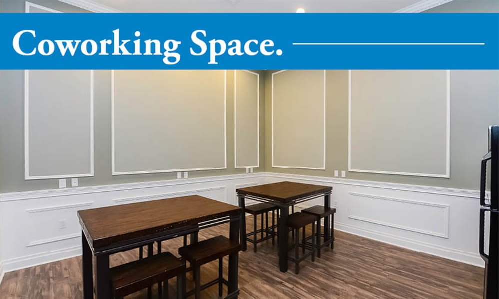 Co-working space at Parkview at Collingswood Apartment Homes in Collingswood, New Jersey