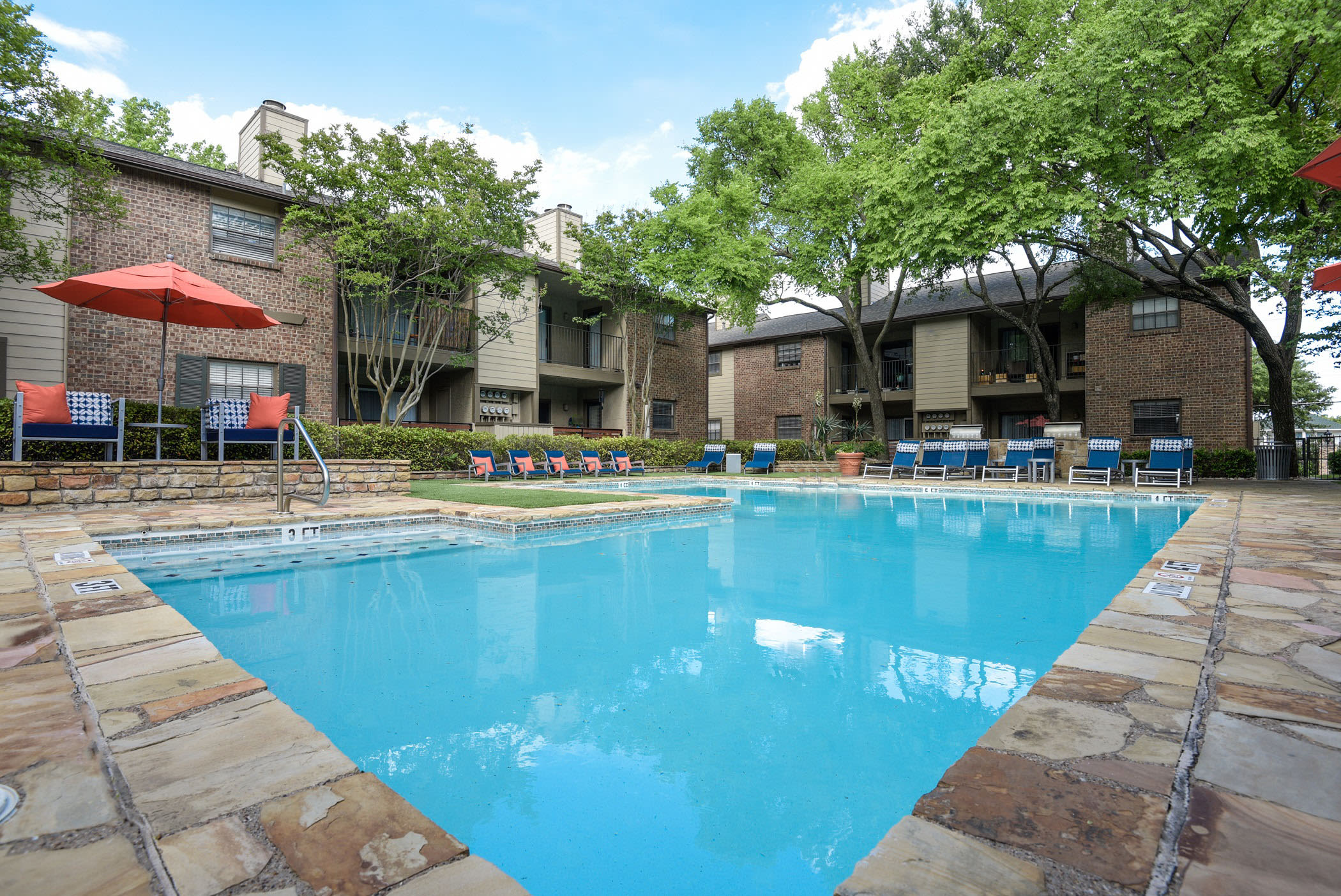 Pool at The Regent in Dallas, Texas
